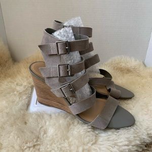 Crown Vintage Strappy Buckle Wedges Grey Size 10
